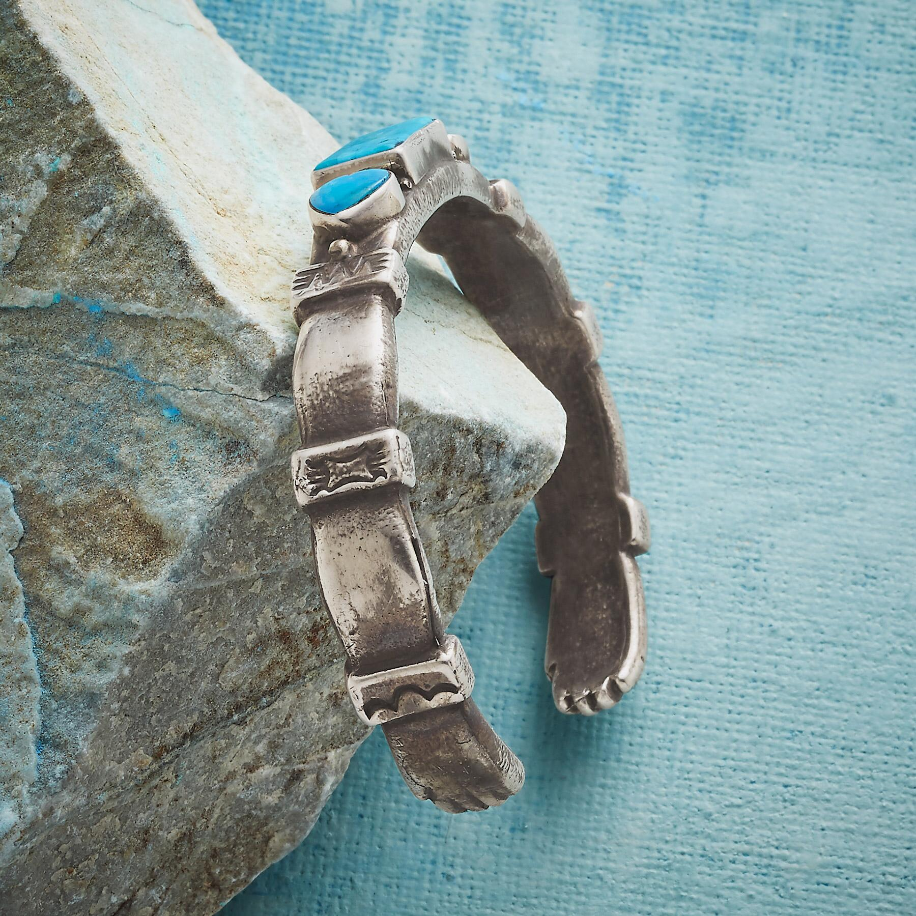 HEART AND HANDS CUFF BRACELET: View 2