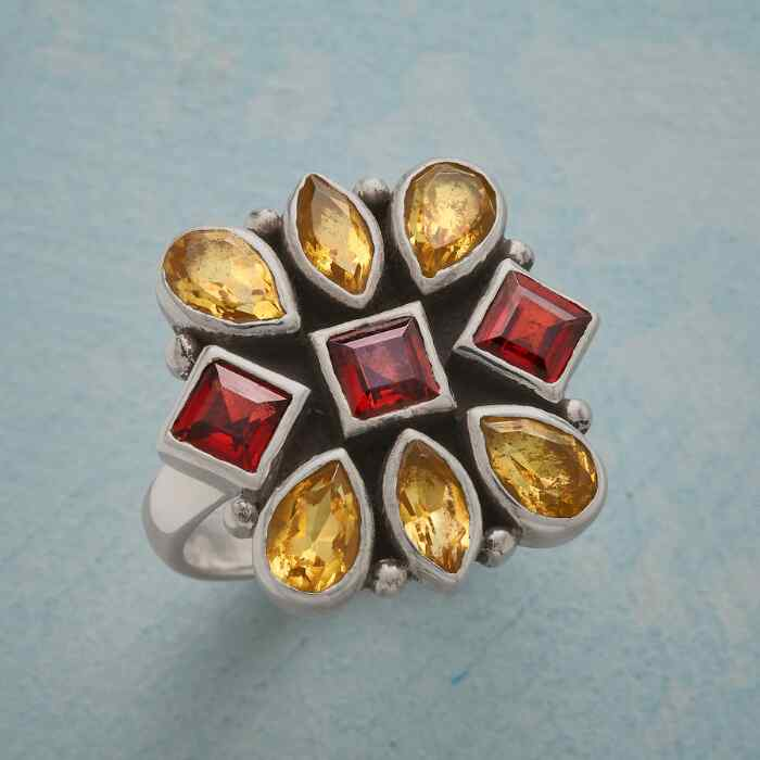 SPARK AND GLOW RING