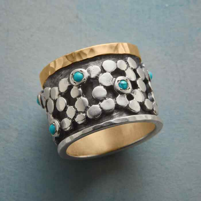 RIVER STONES RING