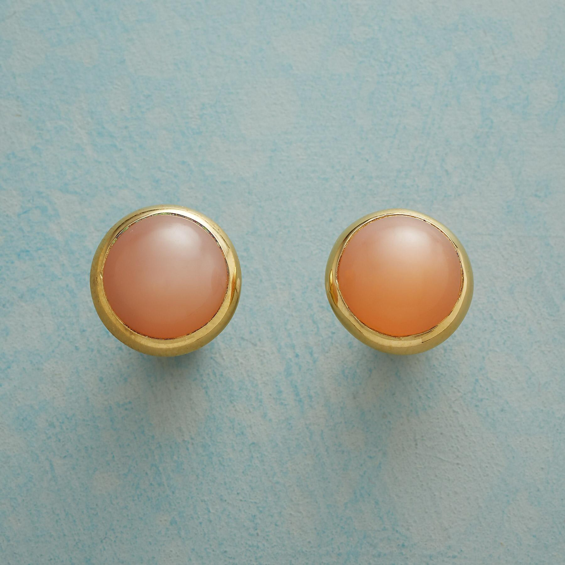 APRICOT MOON EARRINGS: View 1