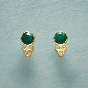 TOUCH OF GREEN EARRINGS