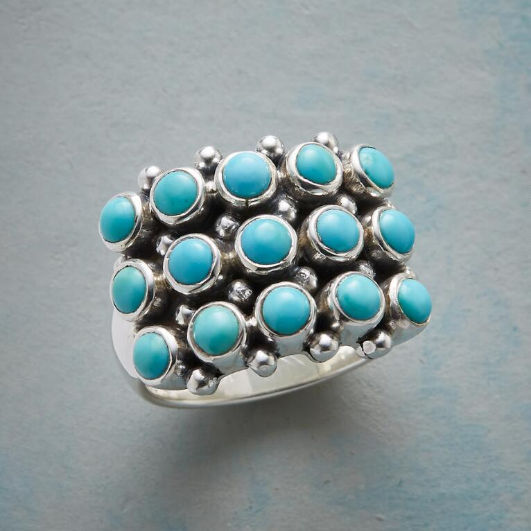 BUBBLY PERSONALITY RING