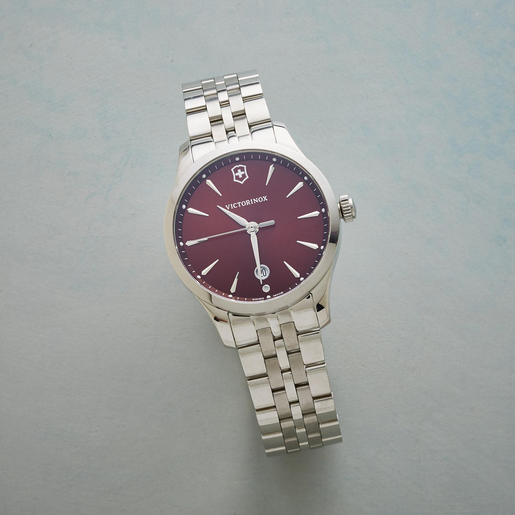 SWISS ARMY CHERRY RED WATCH: View 1