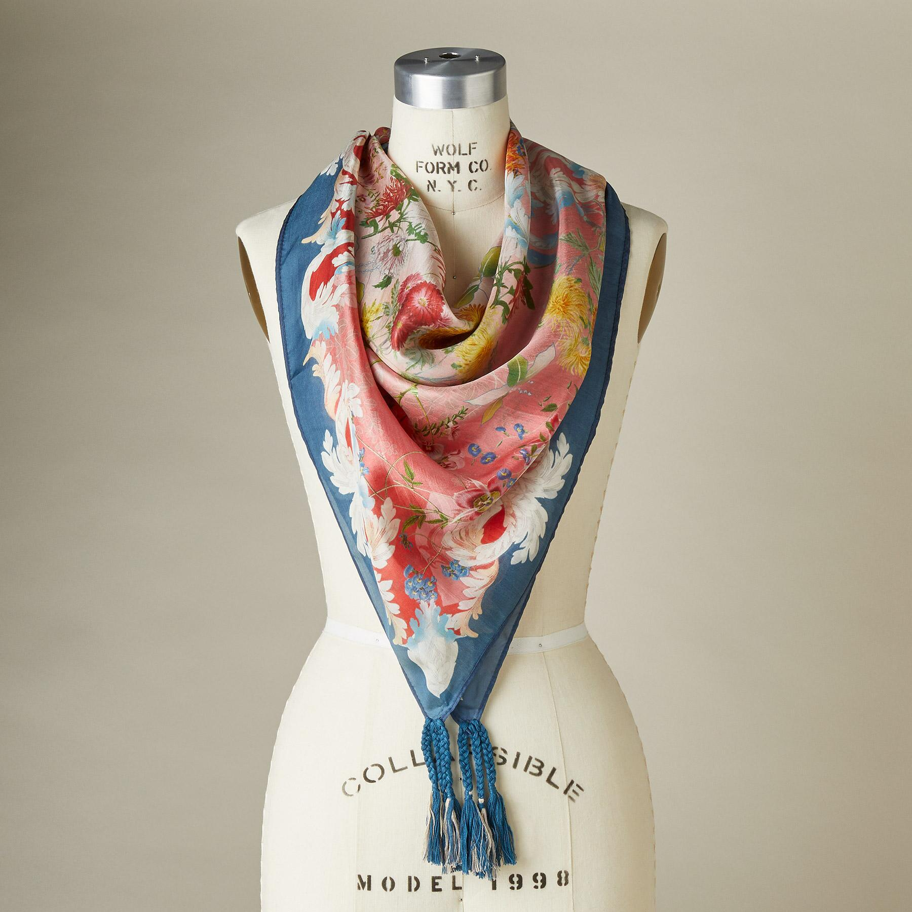 WHISTLE SCARF: View 1