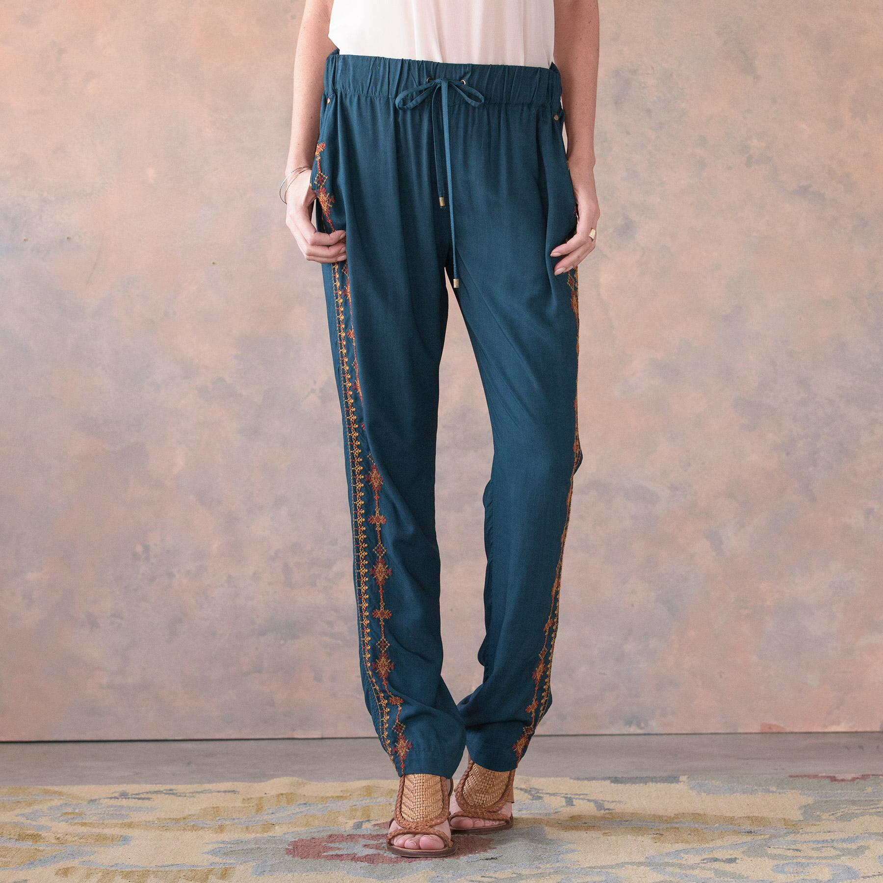 PERFECTLY NOMADIC PANTS: View 2