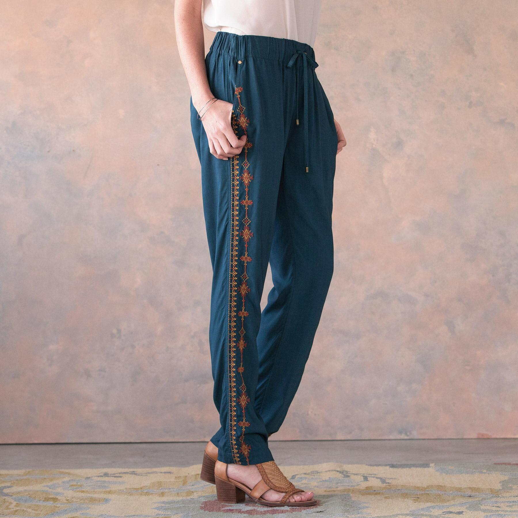 PERFECTLY NOMADIC PANTS: View 3