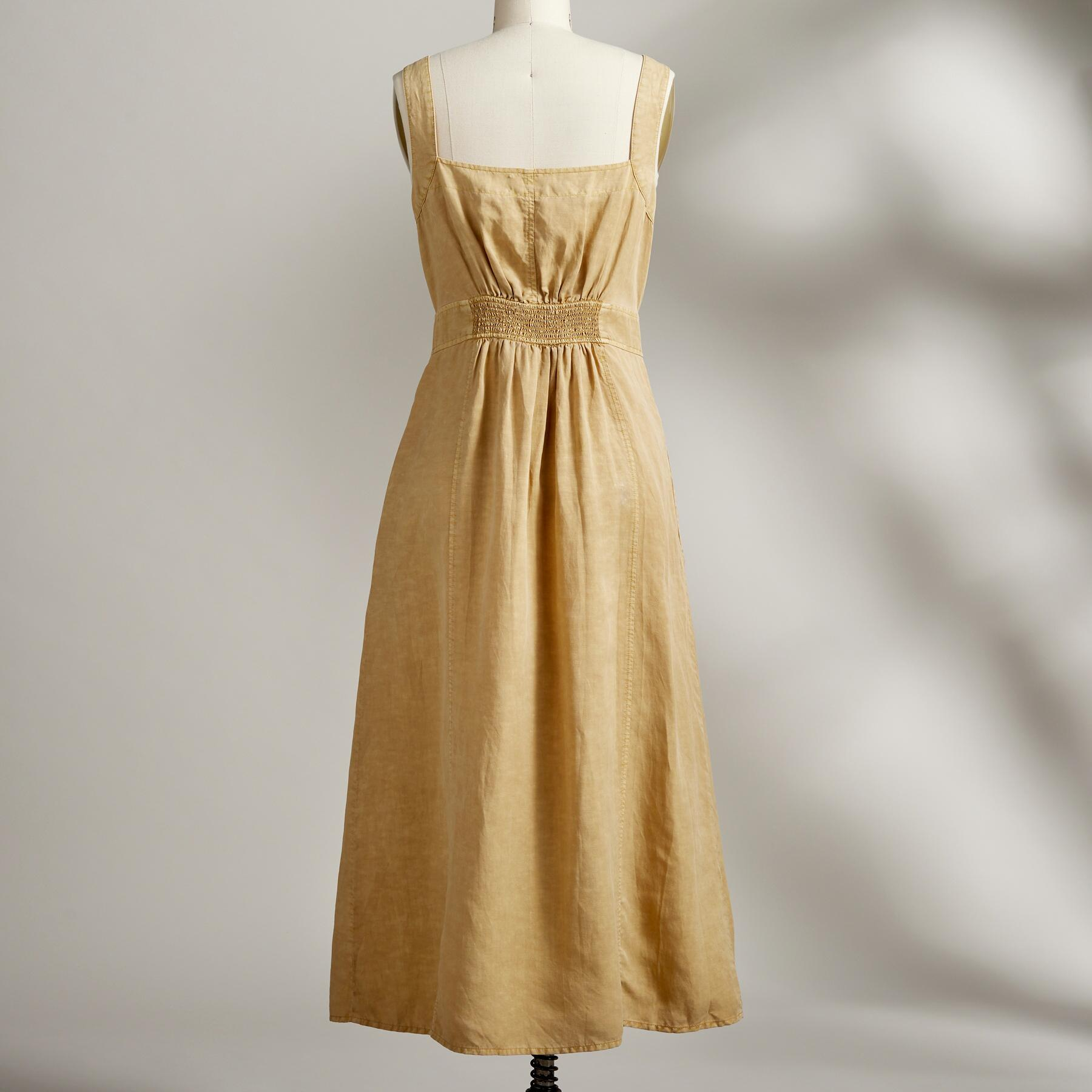 COLONIAL DRESS: View 3