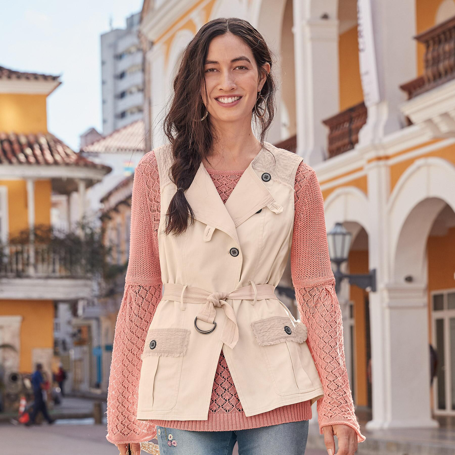 OAKLEE STORY VEST: View 1