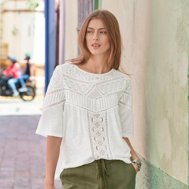 WESTERN TRAVELS TOP - PETITES