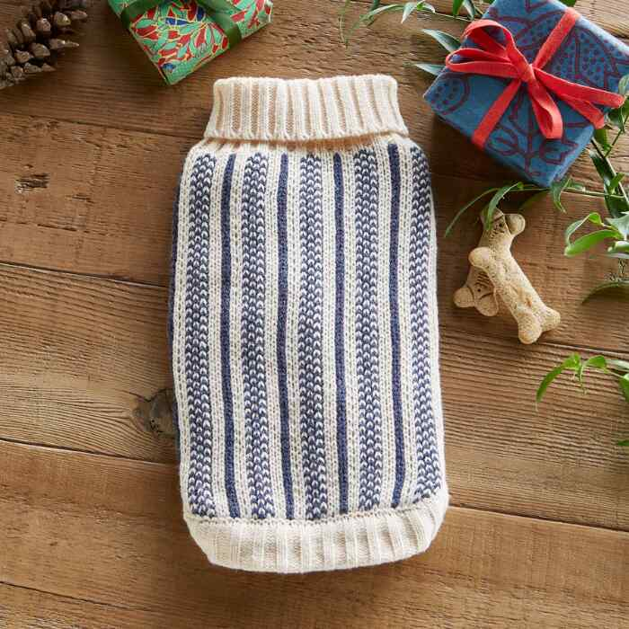 CABIN COZY DOG SWEATER