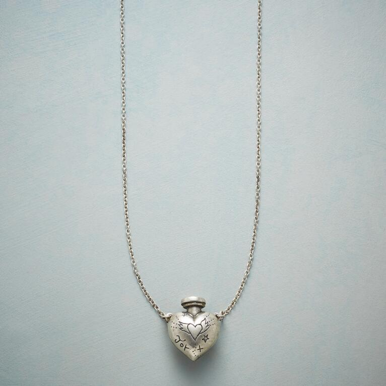 HEART VESSEL NECKLACE