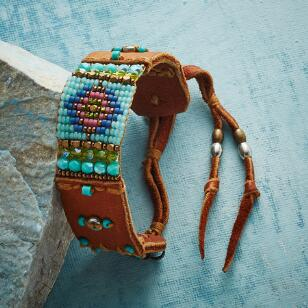 HOME AND HEART BRACELET