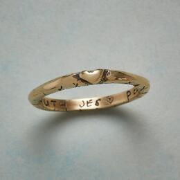 14KT YELLOW GOLD SWEET KISS RING