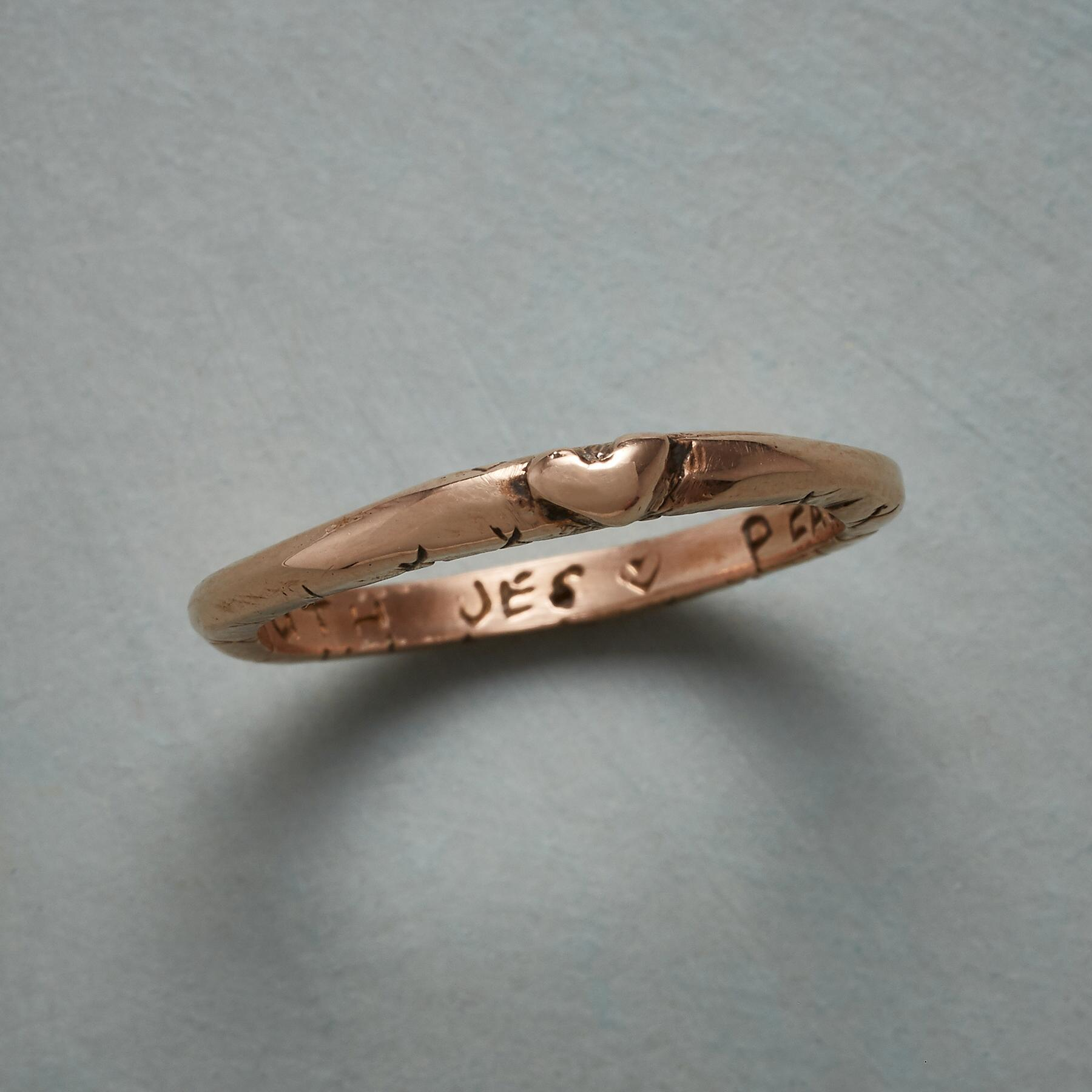 ROSE GOLD SWEET KISS RING: View 1