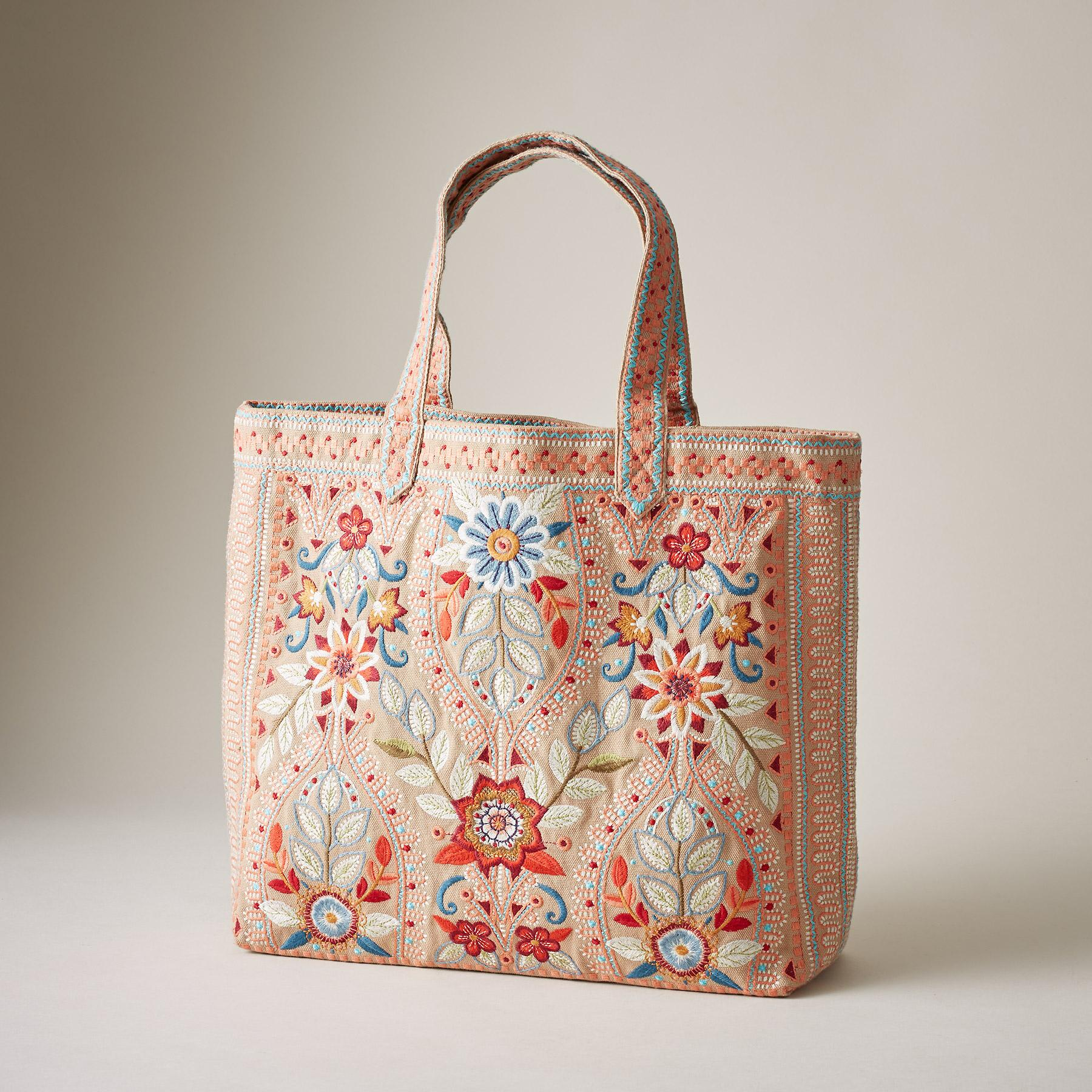 MAISIE EVERYDAY TOTE: View 1