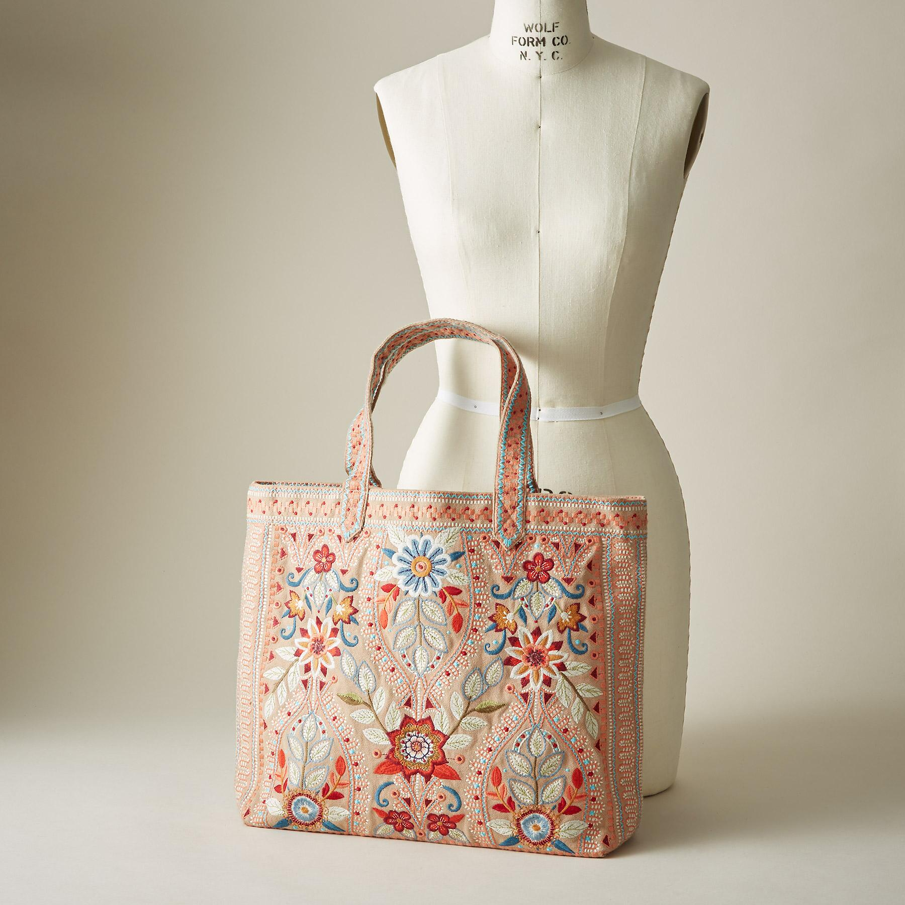 MAISIE EVERYDAY TOTE: View 4