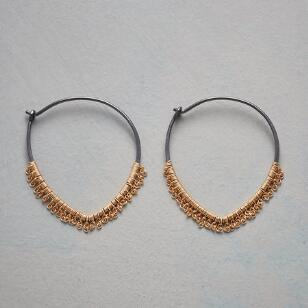 FLUTTERING FRINGE HOOP EARRINGS