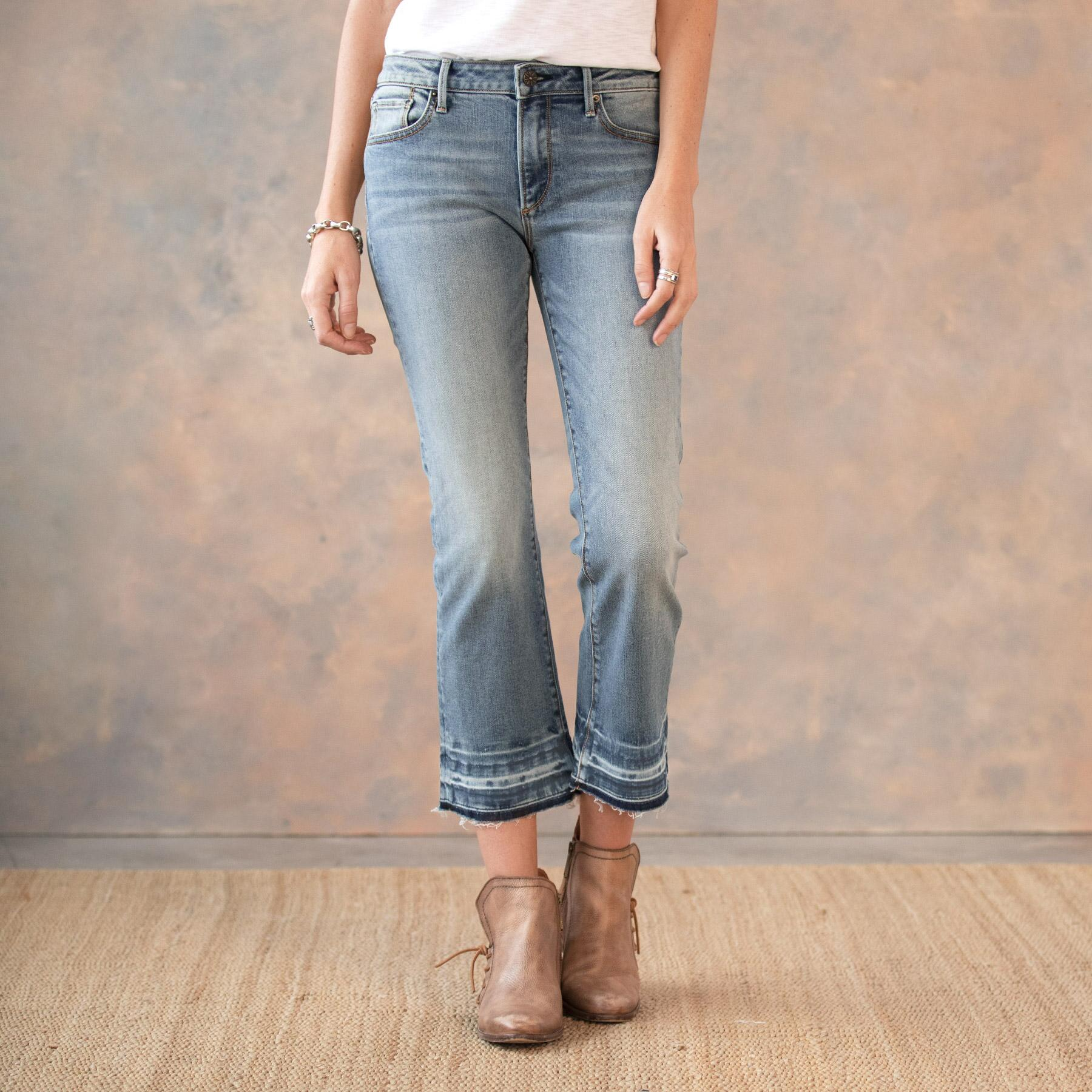 ROXY LIGHT WASH JEANS: View 2