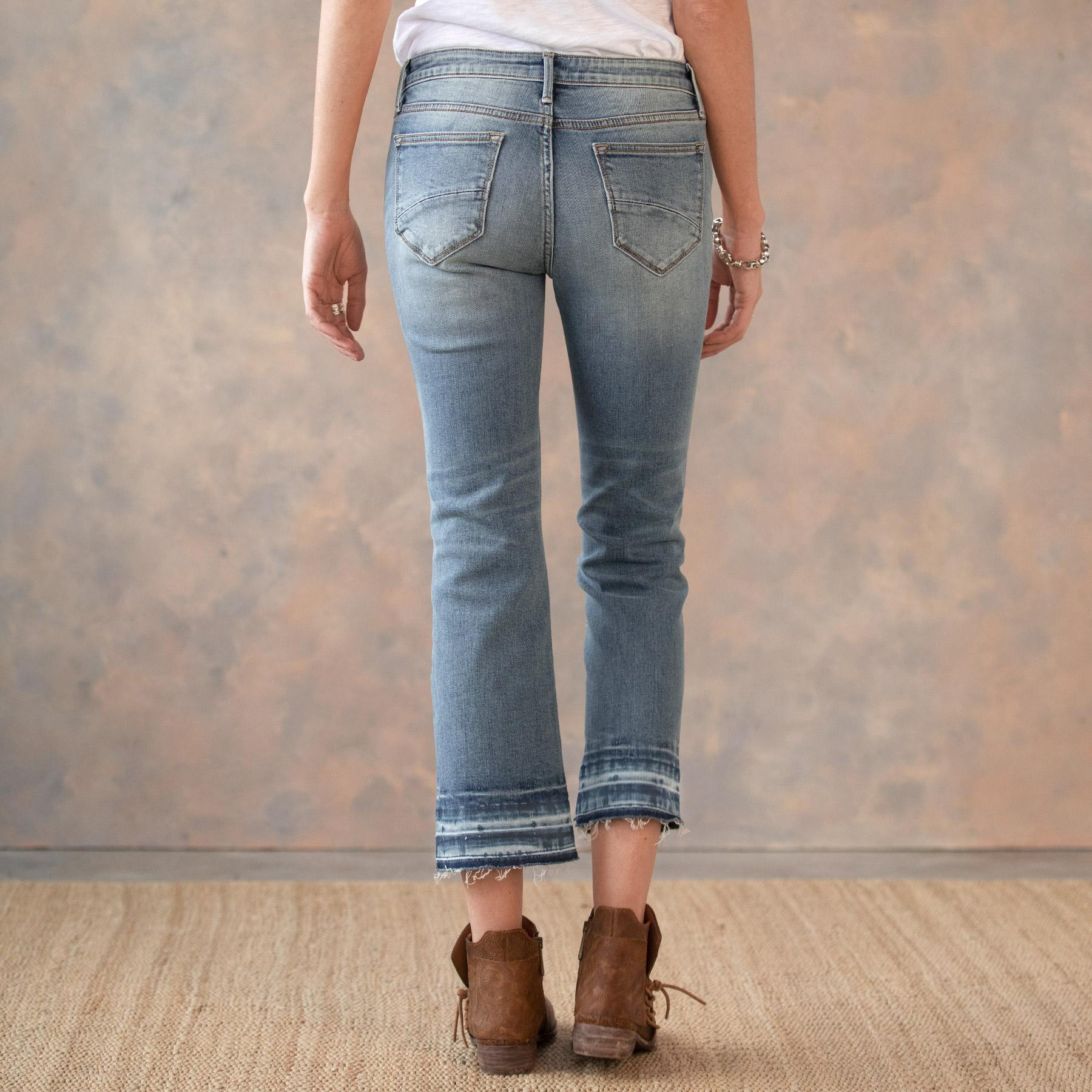 ROXY LIGHT WASH JEANS: View 3
