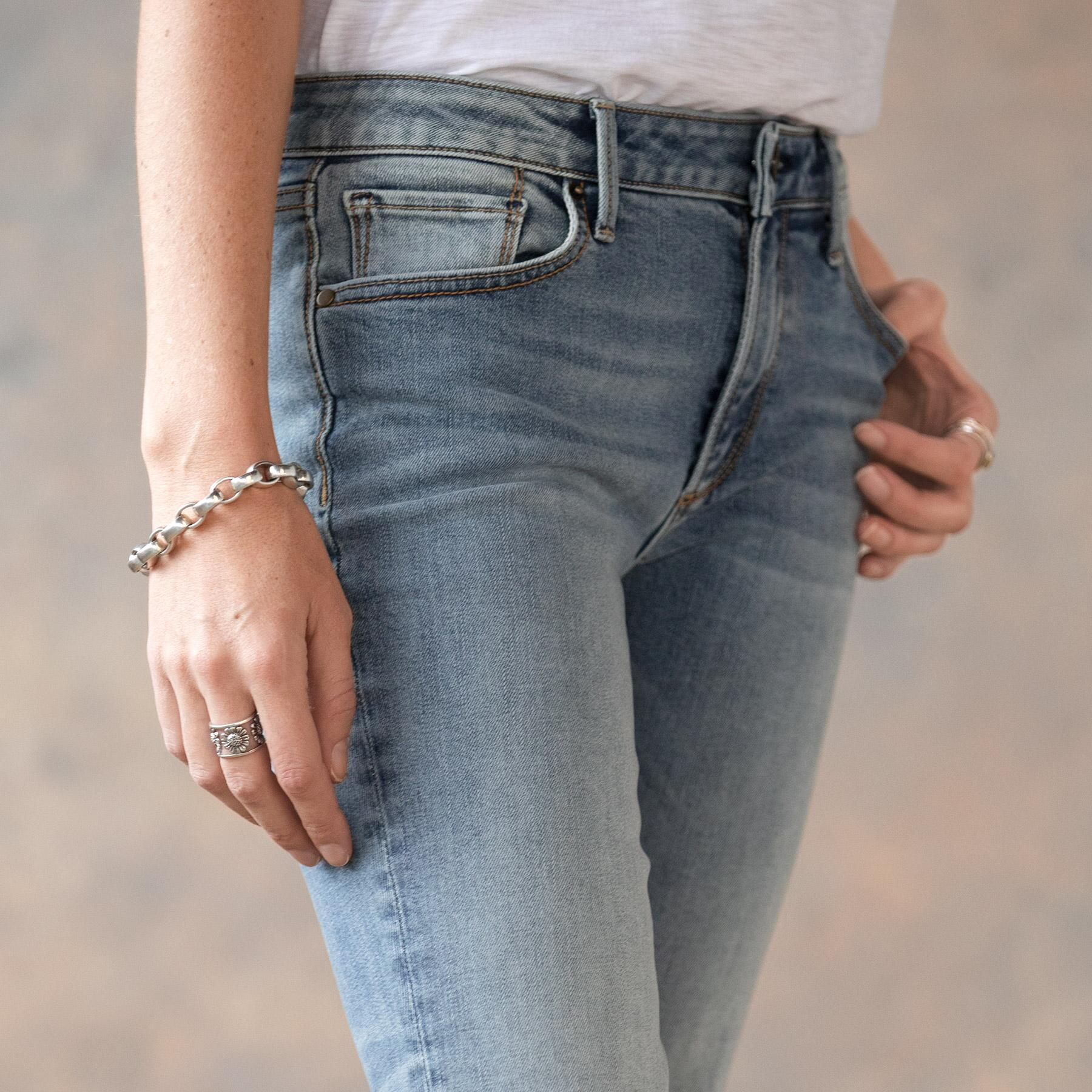 ROXY LIGHT WASH JEANS: View 4