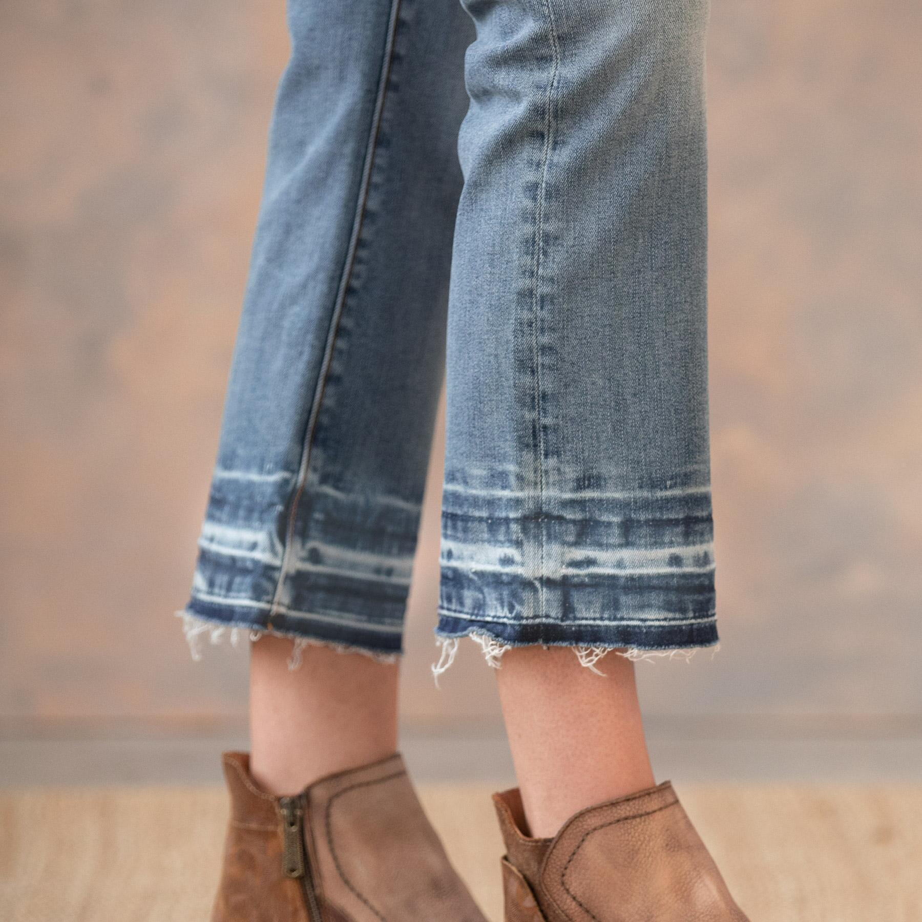 ROXY LIGHT WASH JEANS: View 5