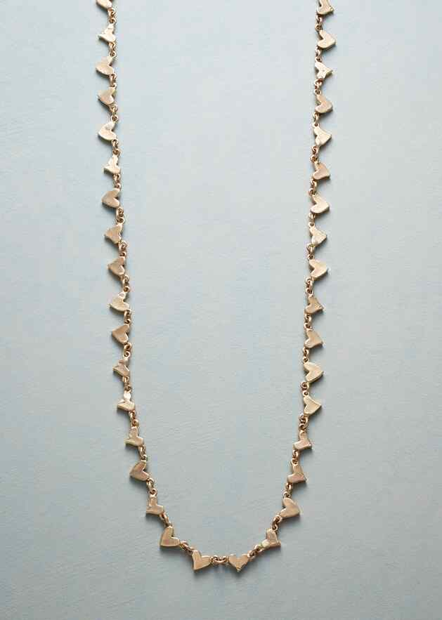 YELLOW GOLD CHAIN OF HEARTS NECKLACE