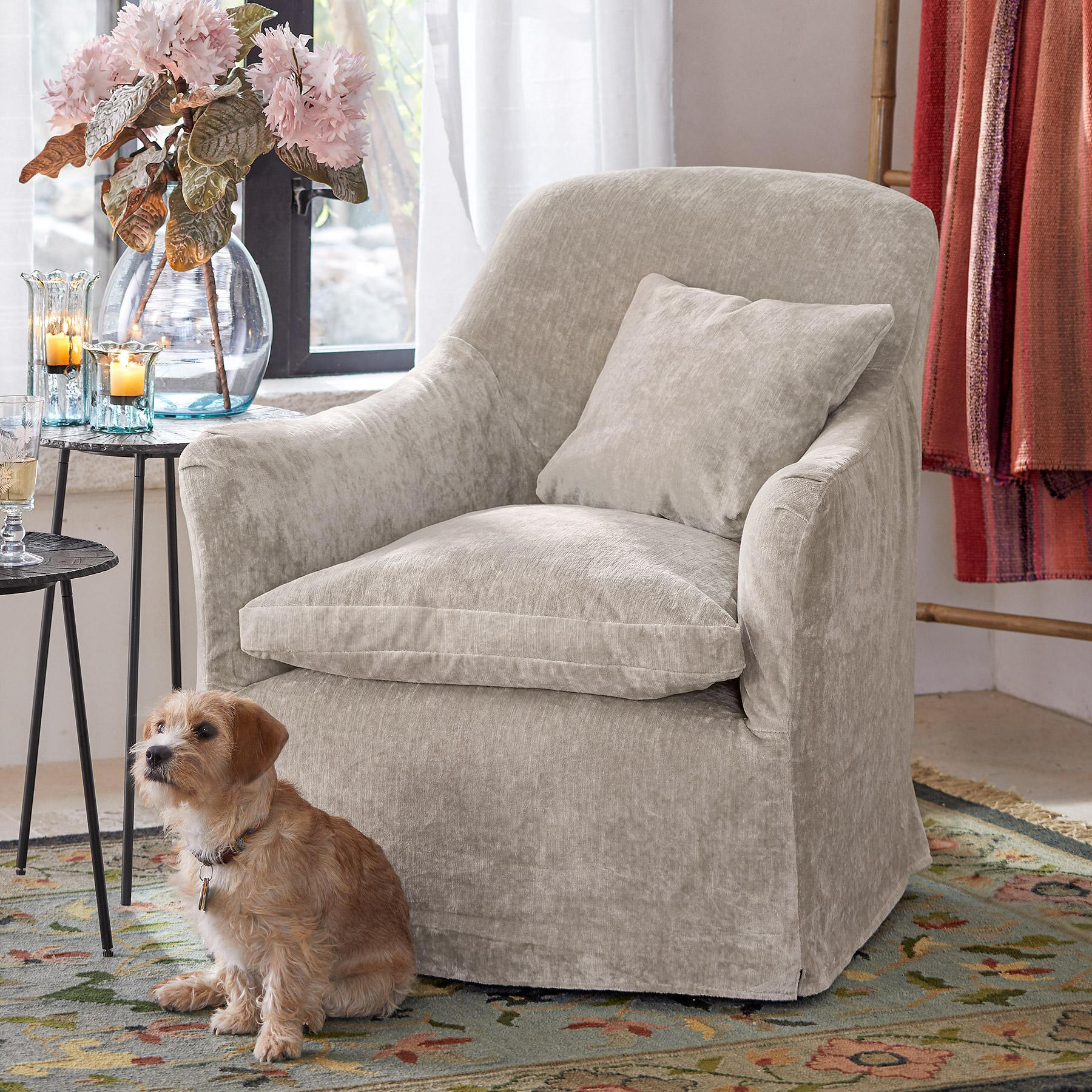 DEIRDRE VELVET SWIVEL CHAIR: View 1