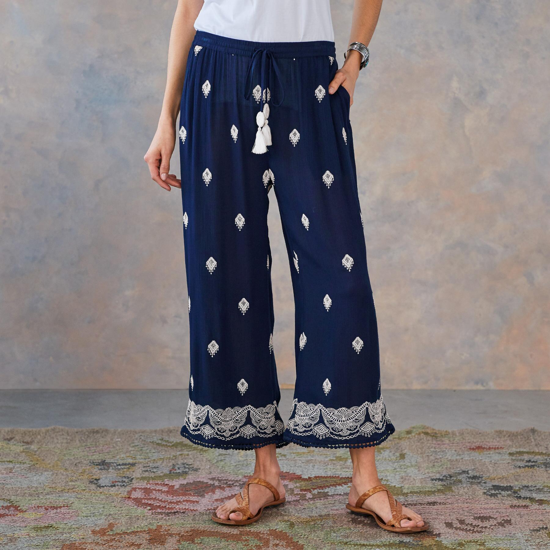 GISELE DREAM PANTS - PETITES: View 2