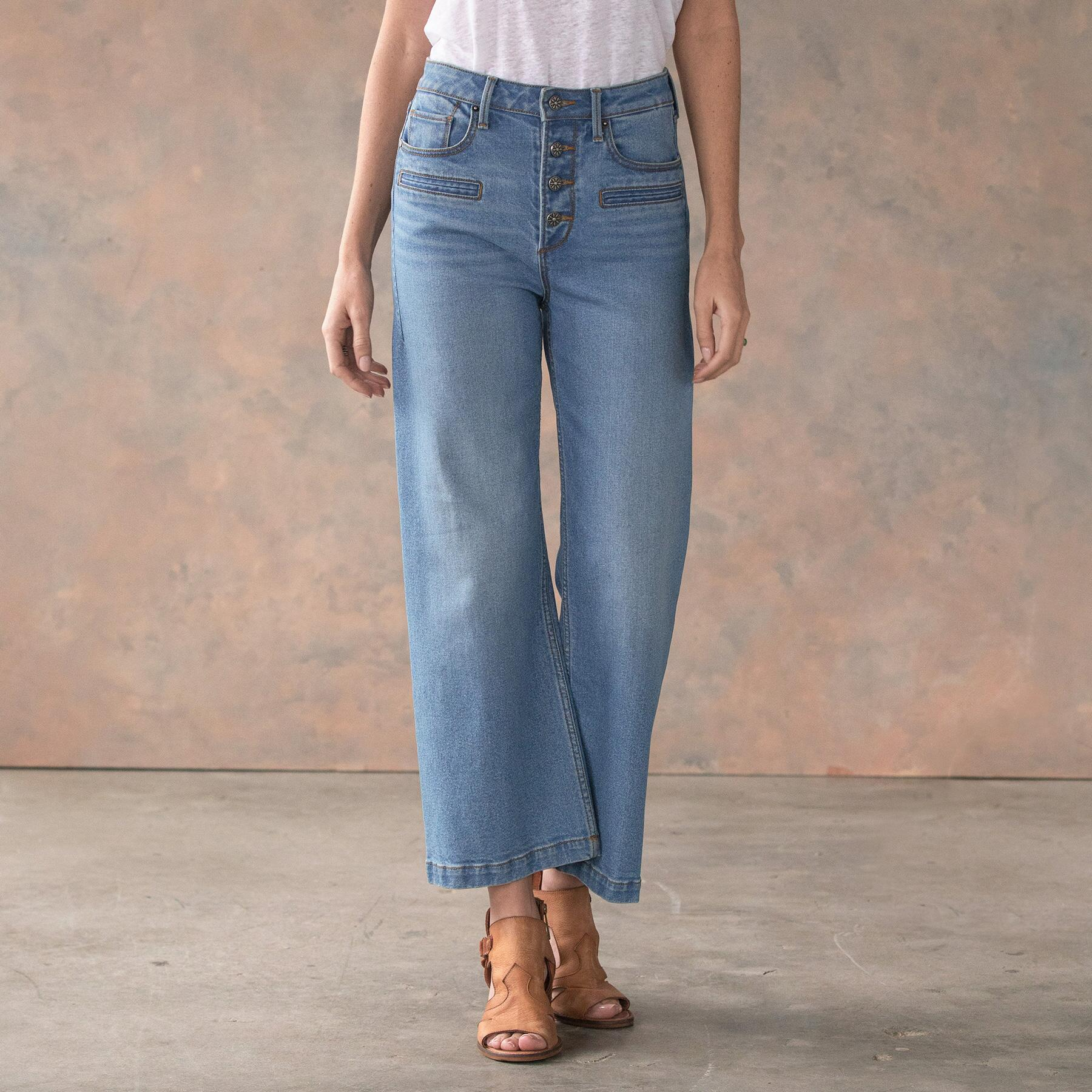 CHARLEE CROPPED FLARE JEANS: View 2