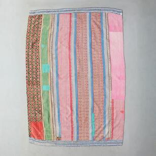 PANAJI SARI THROW