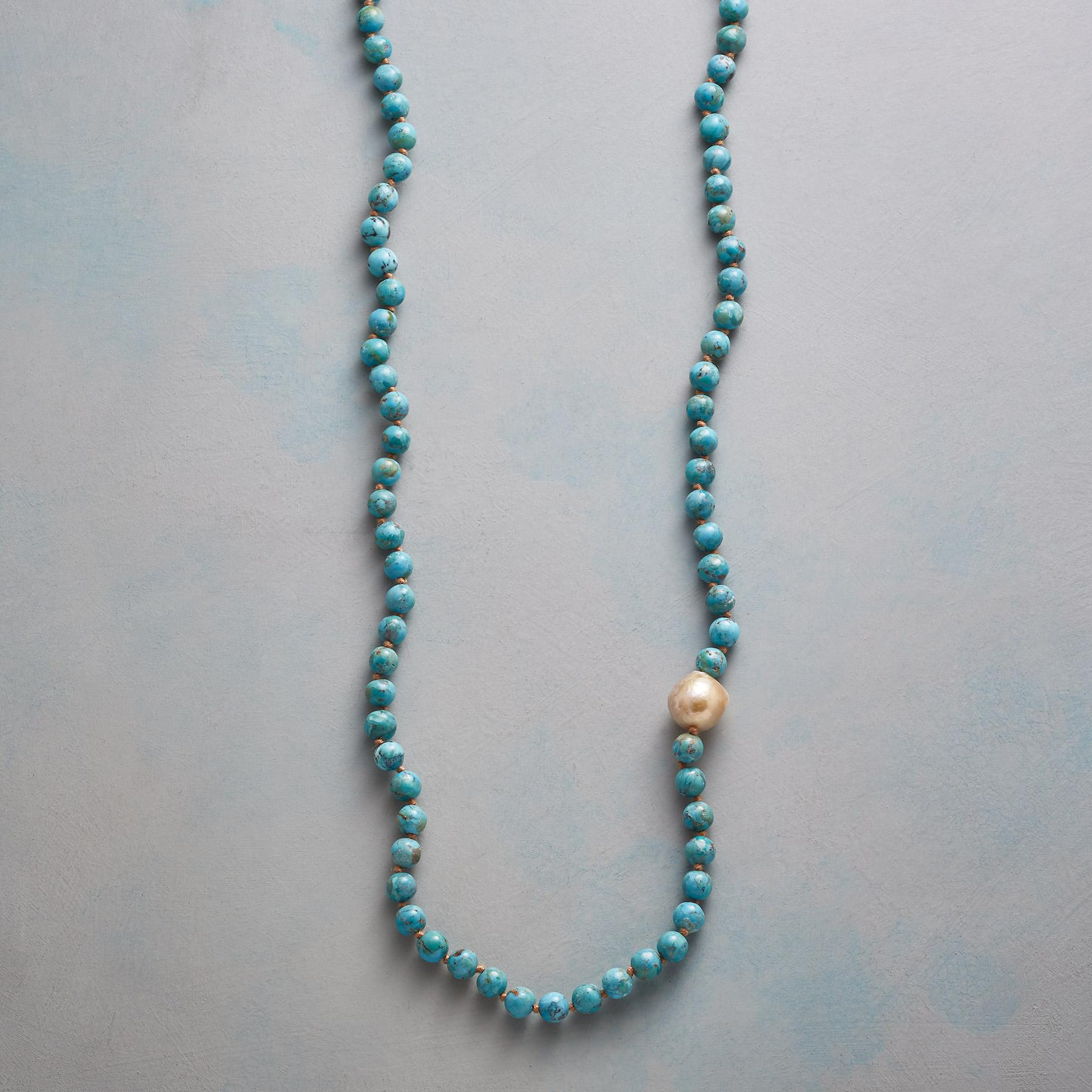 HORIZON LINE NECKLACE: View 1