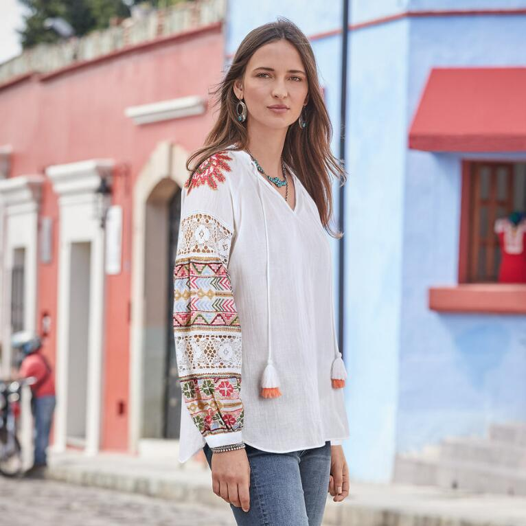 GABRIELLA EMBROIDERED TOP