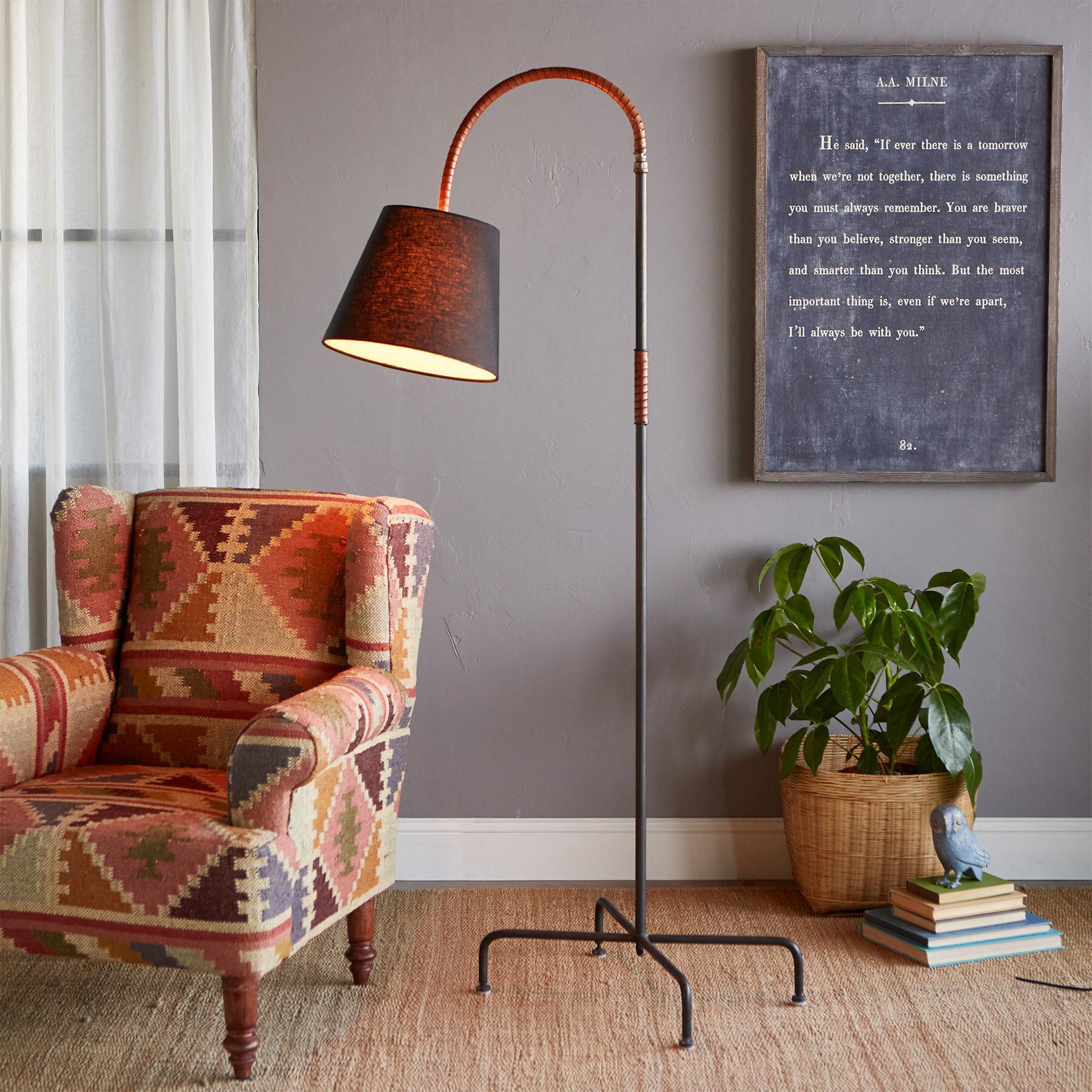 FORSYTH FLOOR LAMP: View 1