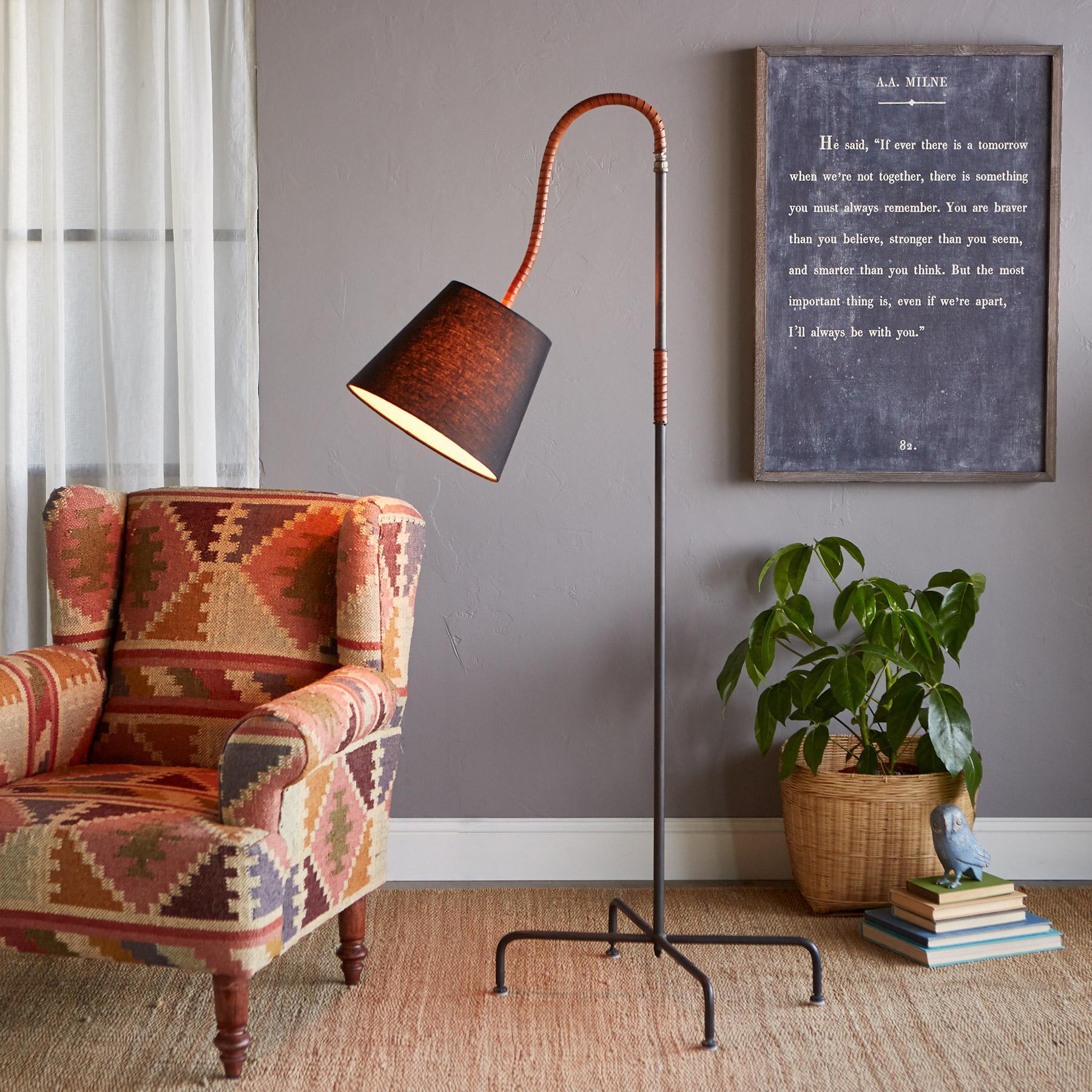 FORSYTH FLOOR LAMP: View 2