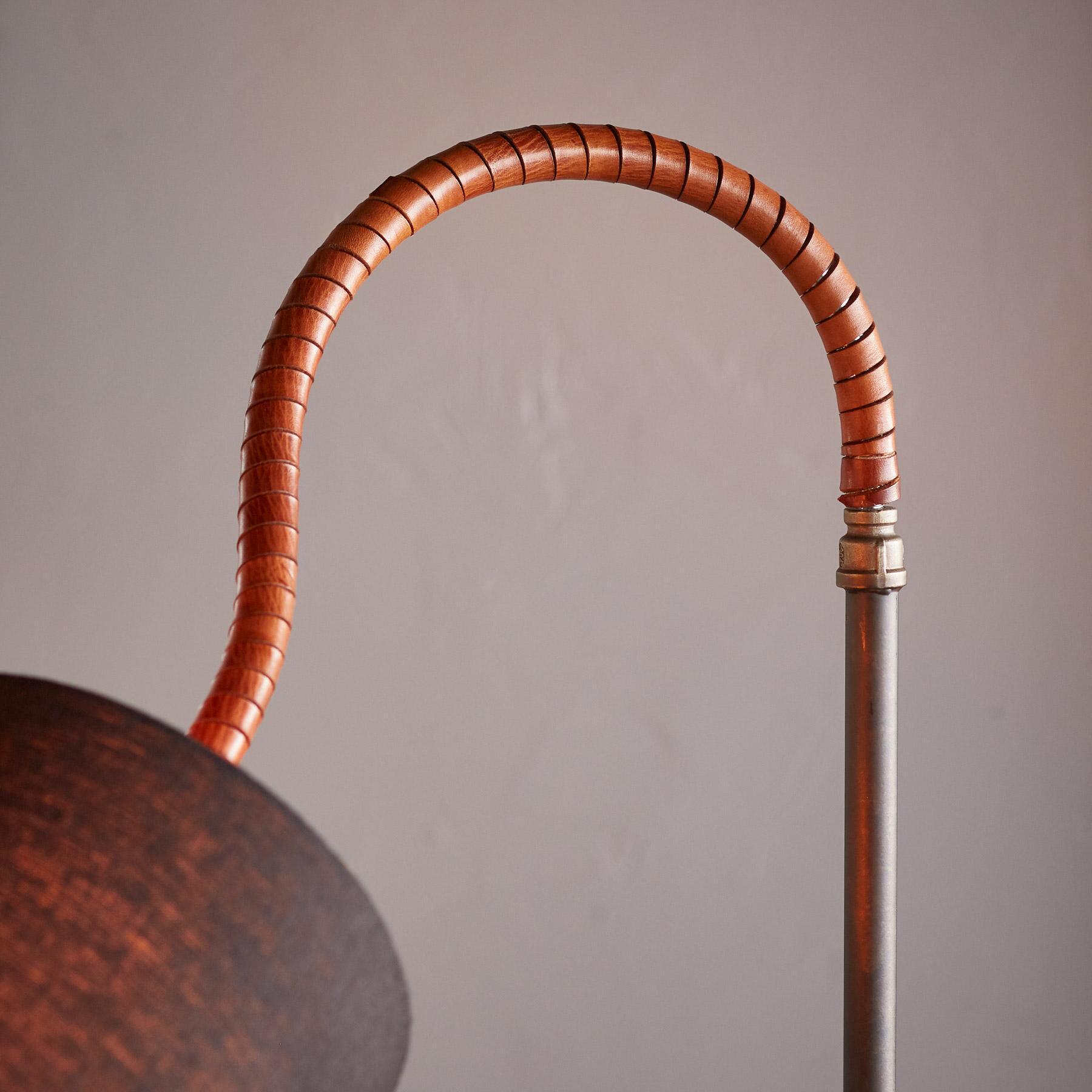 FORSYTH FLOOR LAMP: View 3