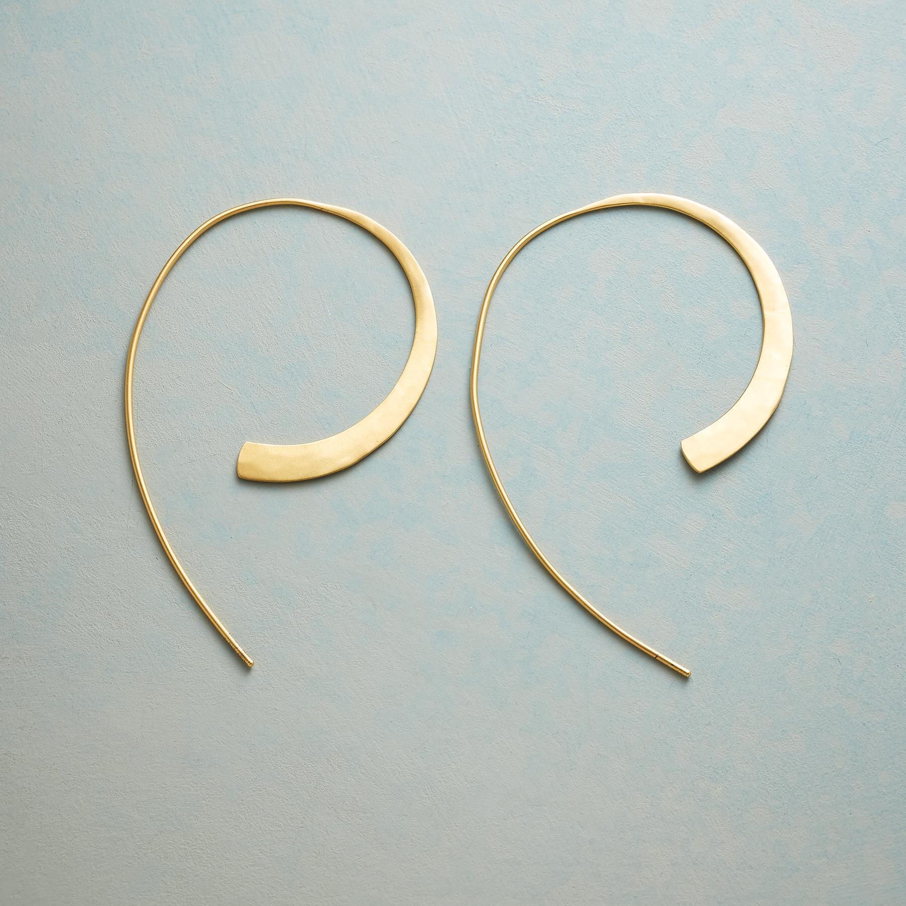 SWOOP HOOP EARRINGS: View 1