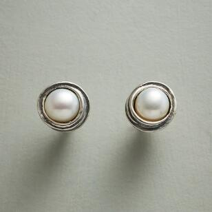 PEARL NEST EARRINGS