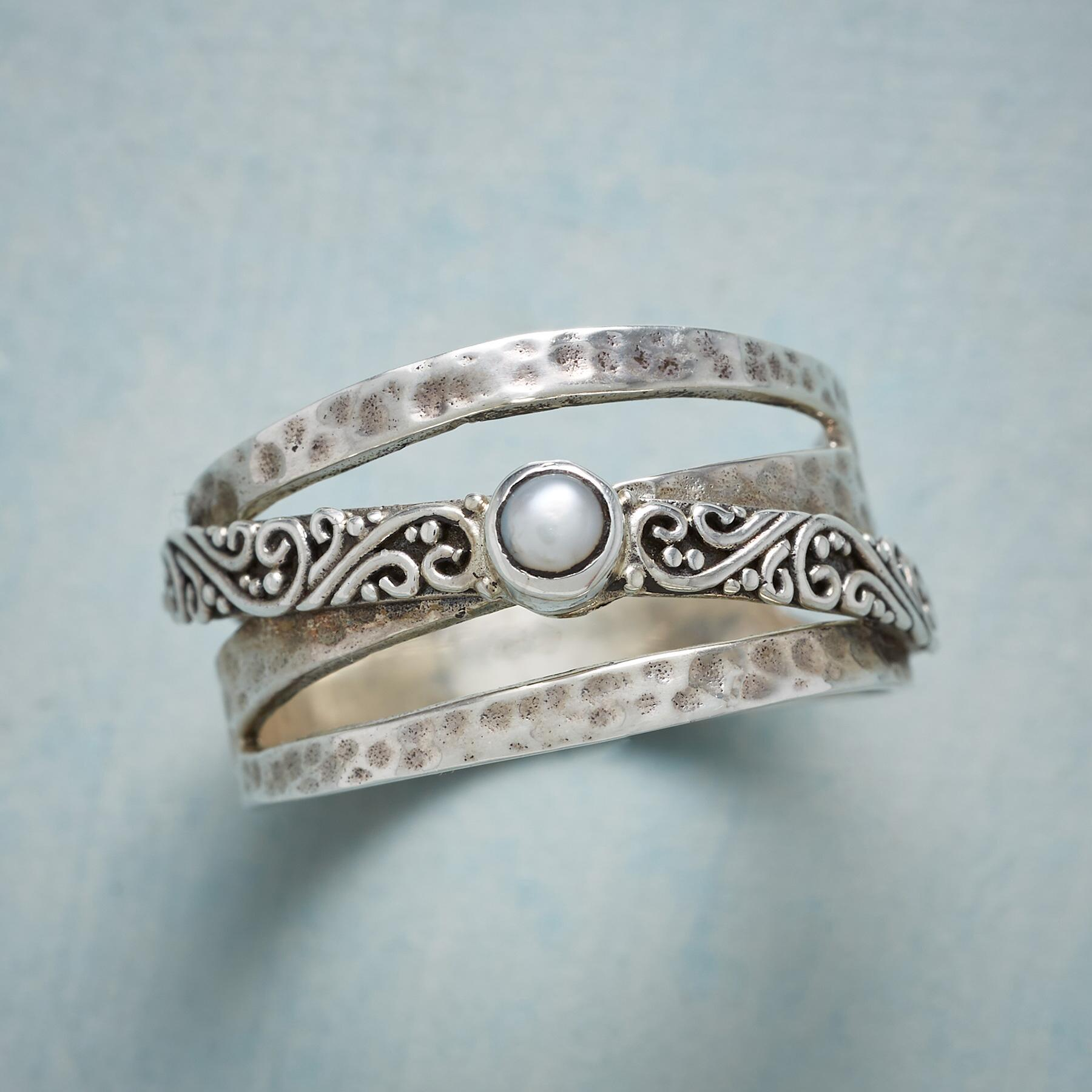 PEARL OVERLAY RING: View 1