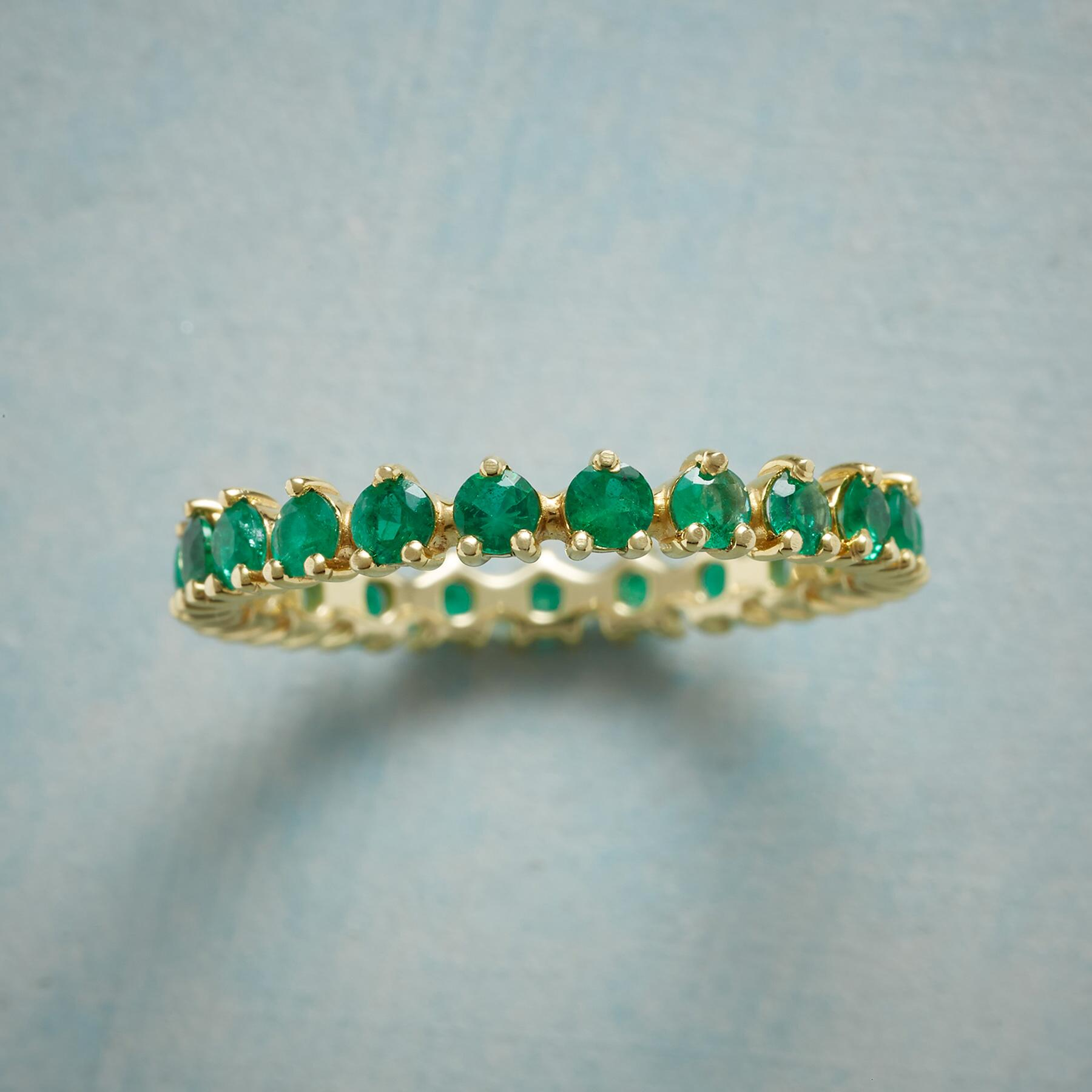 WREATH OF EMERALDS RING: View 1