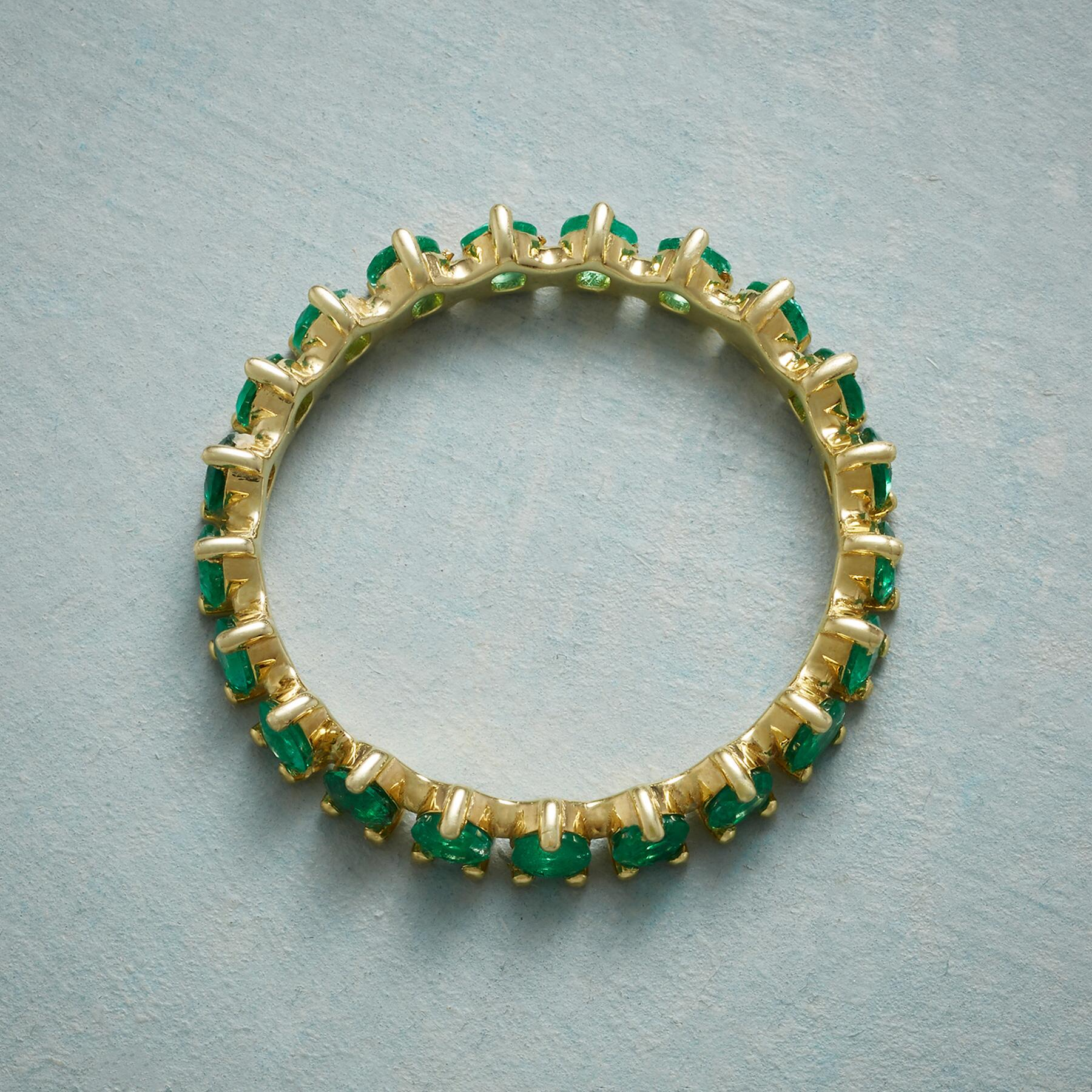 WREATH OF EMERALDS RING: View 2