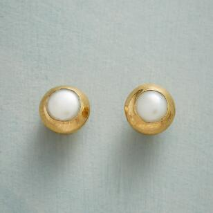 PEARL EMBRACE EARRINGS