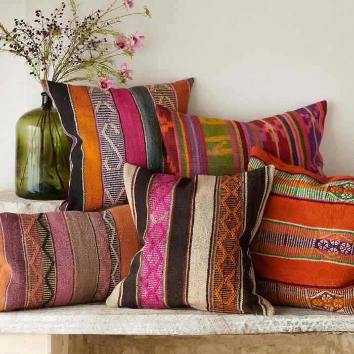 VINTAGE BOLIVIAN RECTANGLE PILLOW