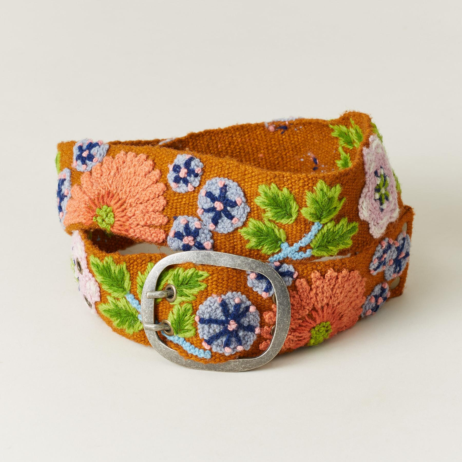 FLOWER BELT: View 1