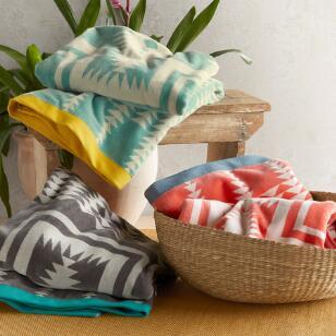 PENDLETON JACQUARD BEACH TOWEL