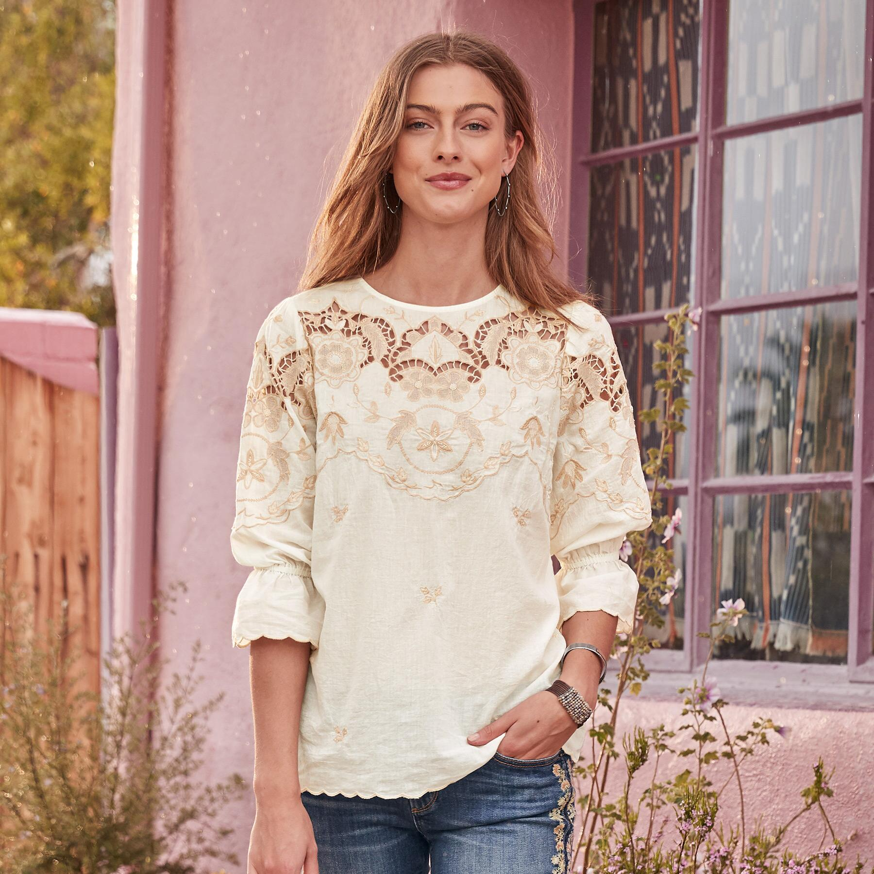 VICTORIAN DELIGHT TOP: View 2