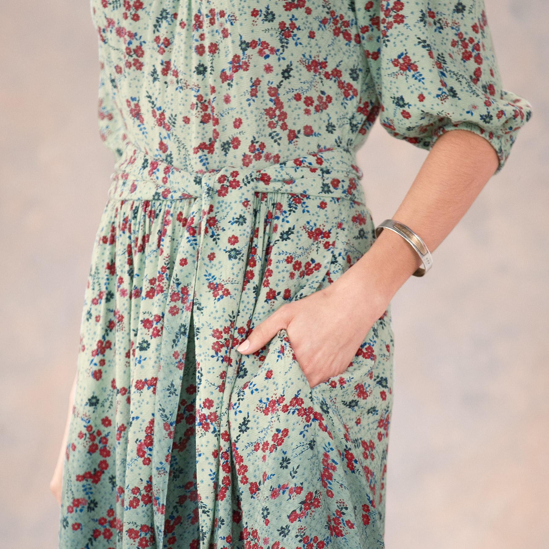 FLORAL FIELDS DRESS: View 6