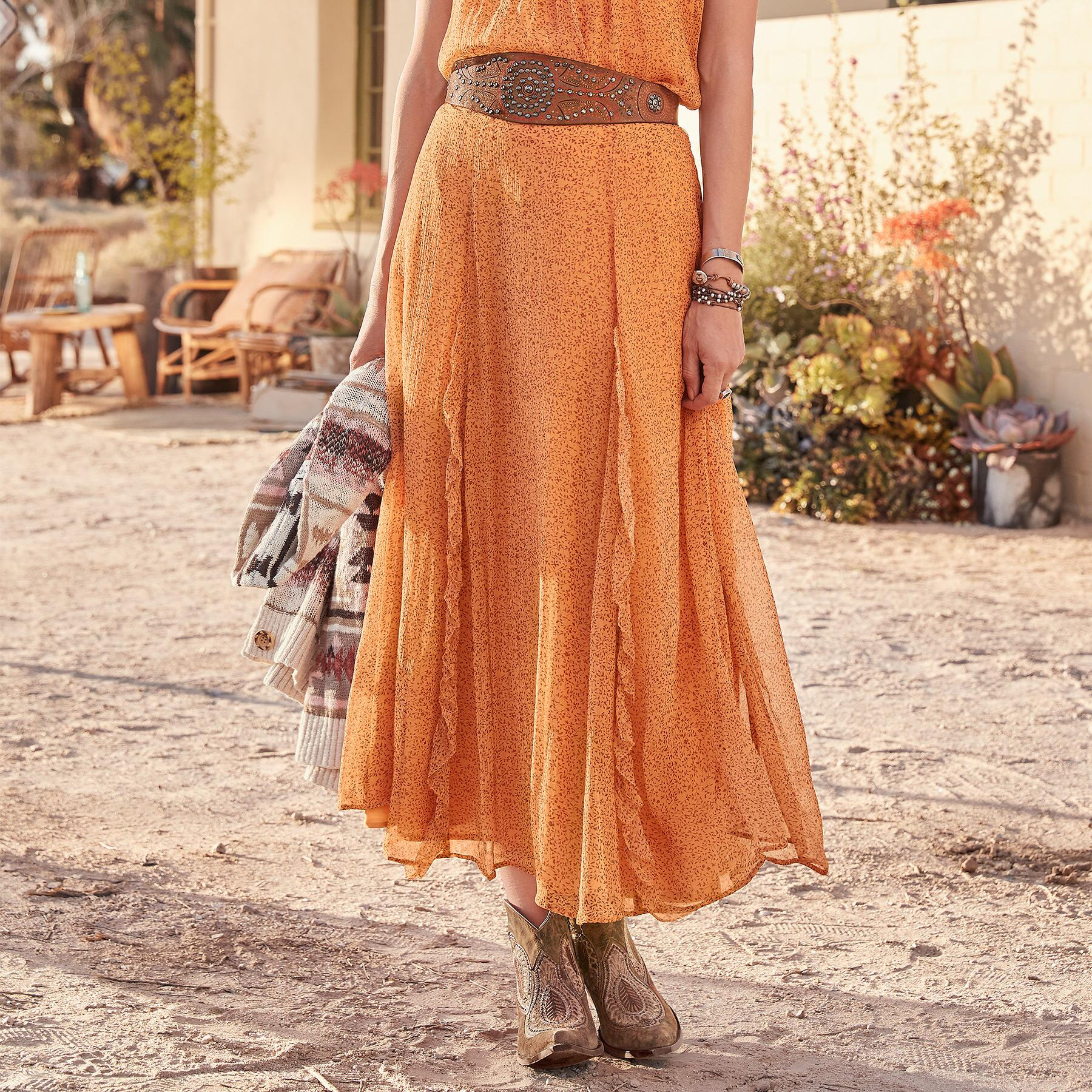 VINTAGE DAYS CALLING SKIRT: View 1