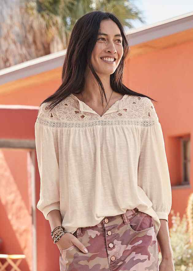 CELESTE EMBROIDERED TOP