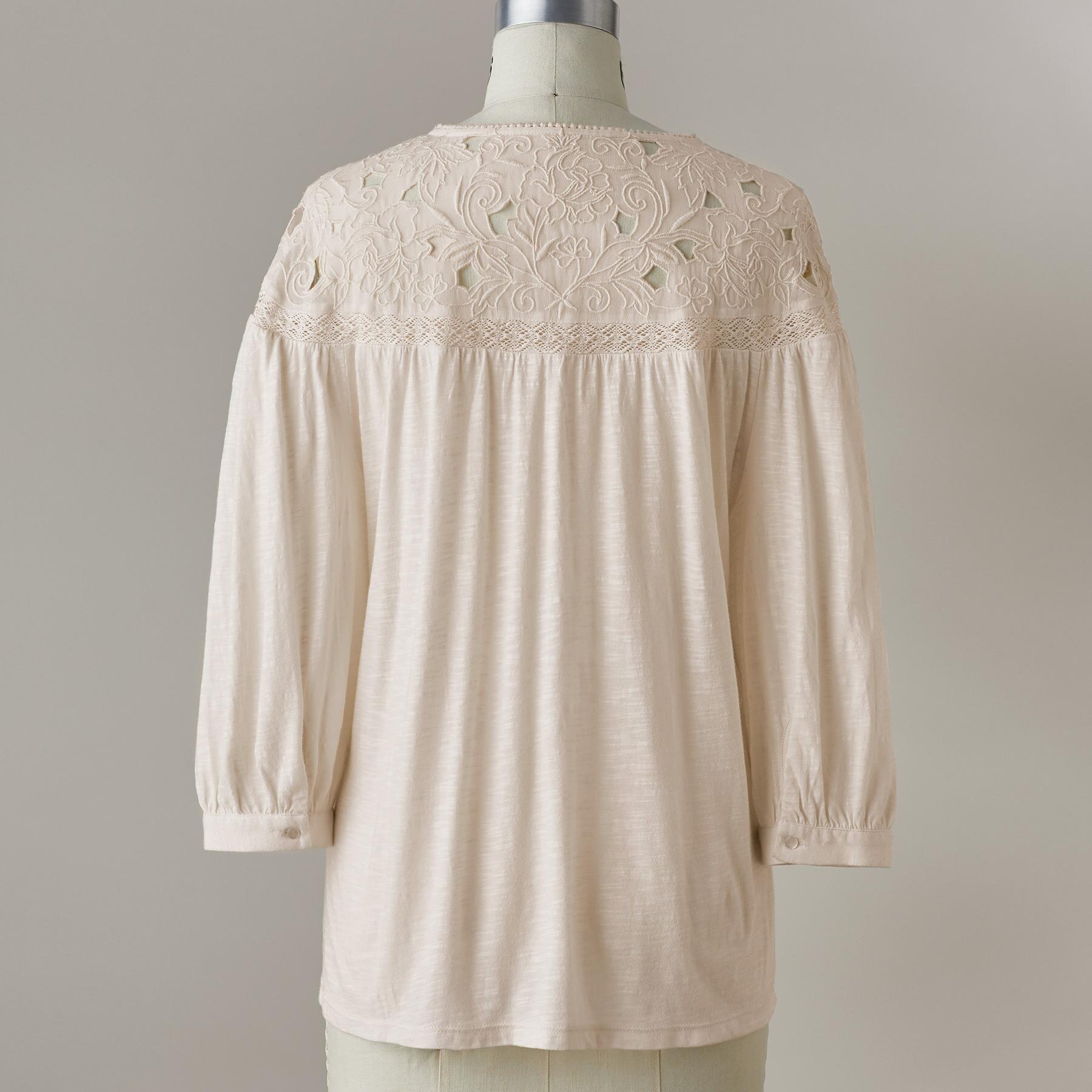 CELESTE EMBROIDERED TOP: View 3