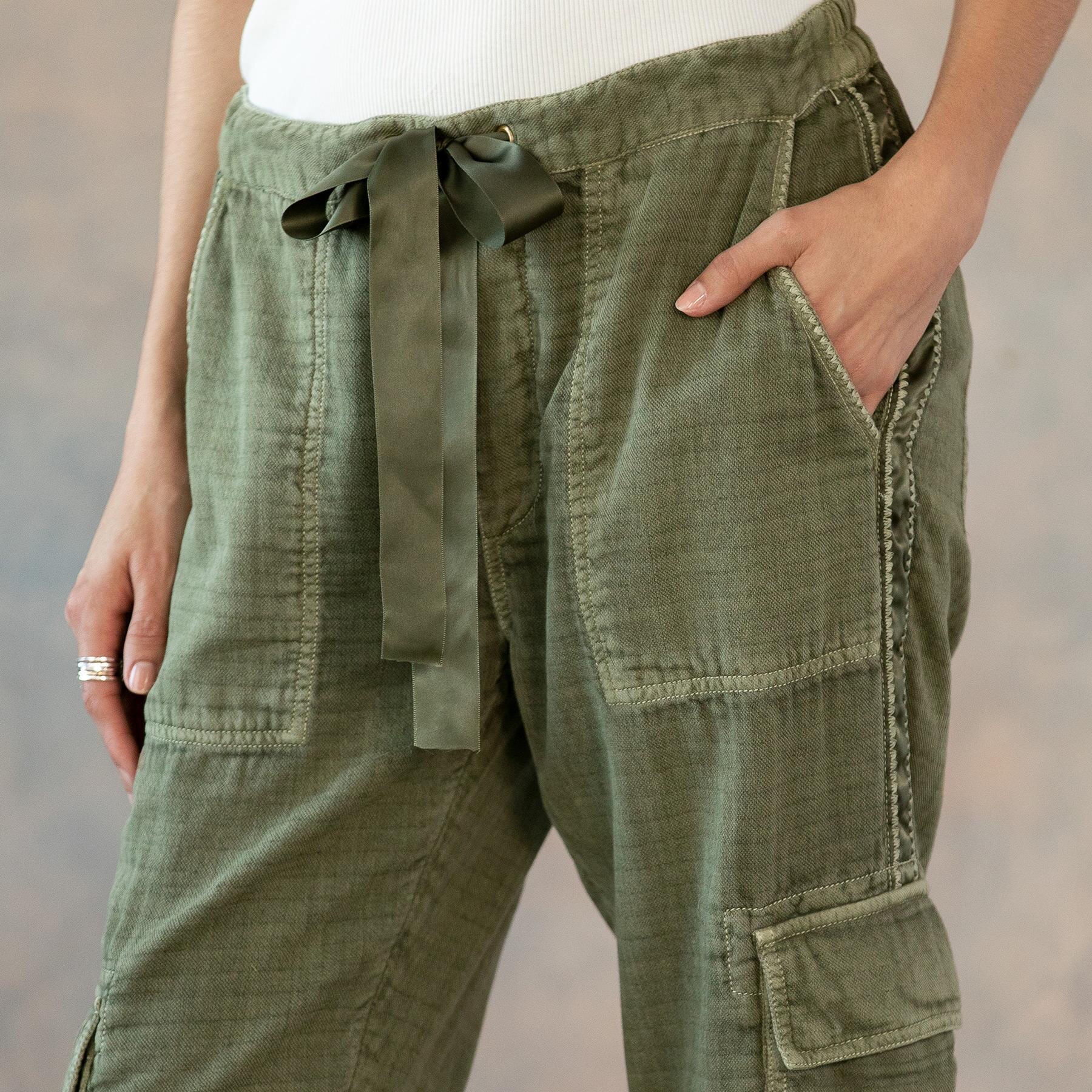 CLOVER CARGO PANTS - PETITES: View 5